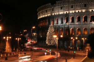 christmas-lights-in-rome-at-the-colosseum