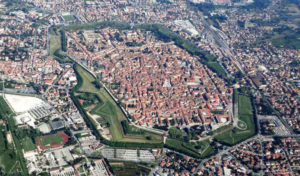 15-lucca-00